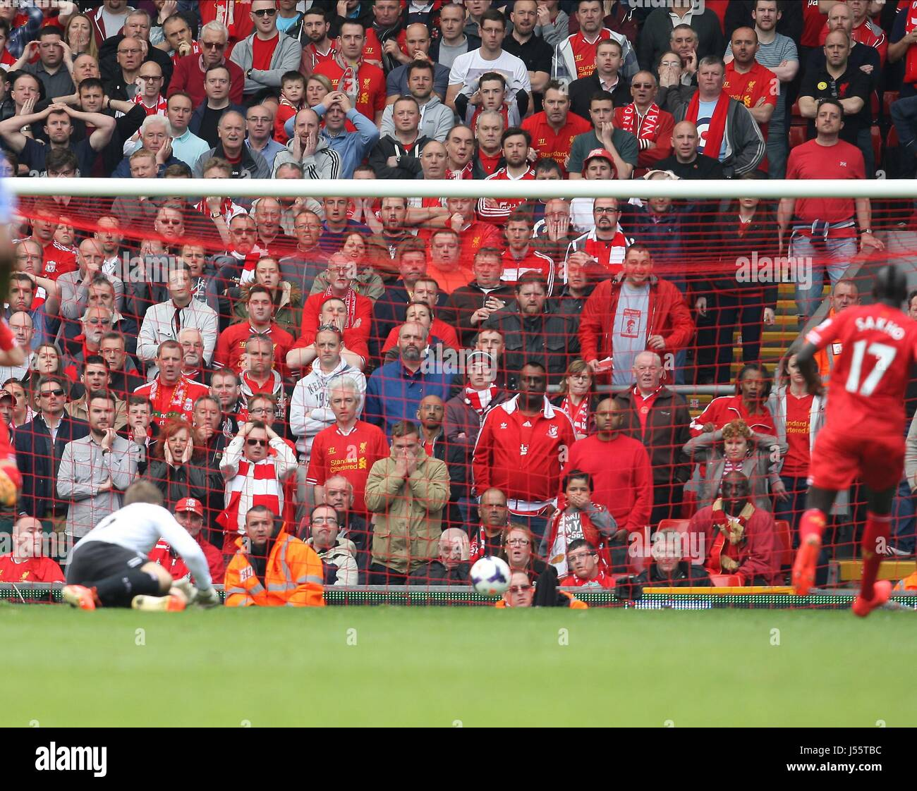 Liverpool Vs Chelsea: Liverpool 1 Stock Photos & Liverpool 1 Stock Images
