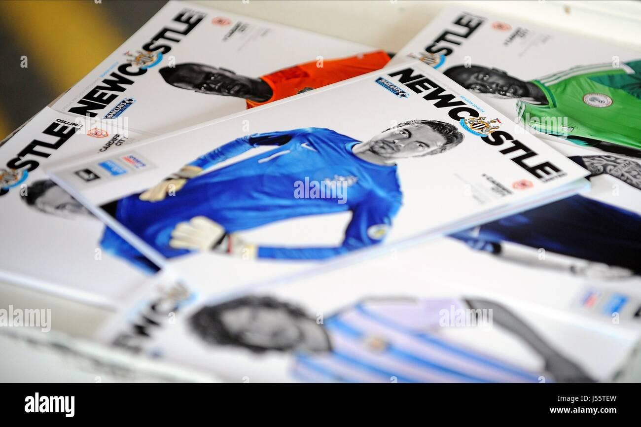 TIM KRUL NEWCASTLE PROGRAMMES NEWCASTLE UNITED FC V CARDIFF ST JAMES PARK NEWCASTLE ENGLAND 03 May 2014 - Stock Image