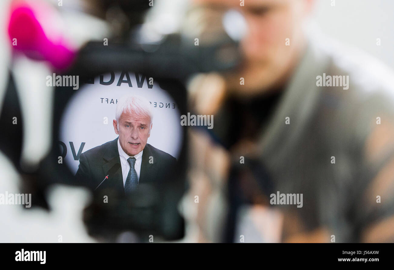 Wolfsburg, Germany. 28th Apr, 2016. ARCHIVE - Matthias Mueller, the CEO of Volkswagen AG, at a press conference - Stock Image