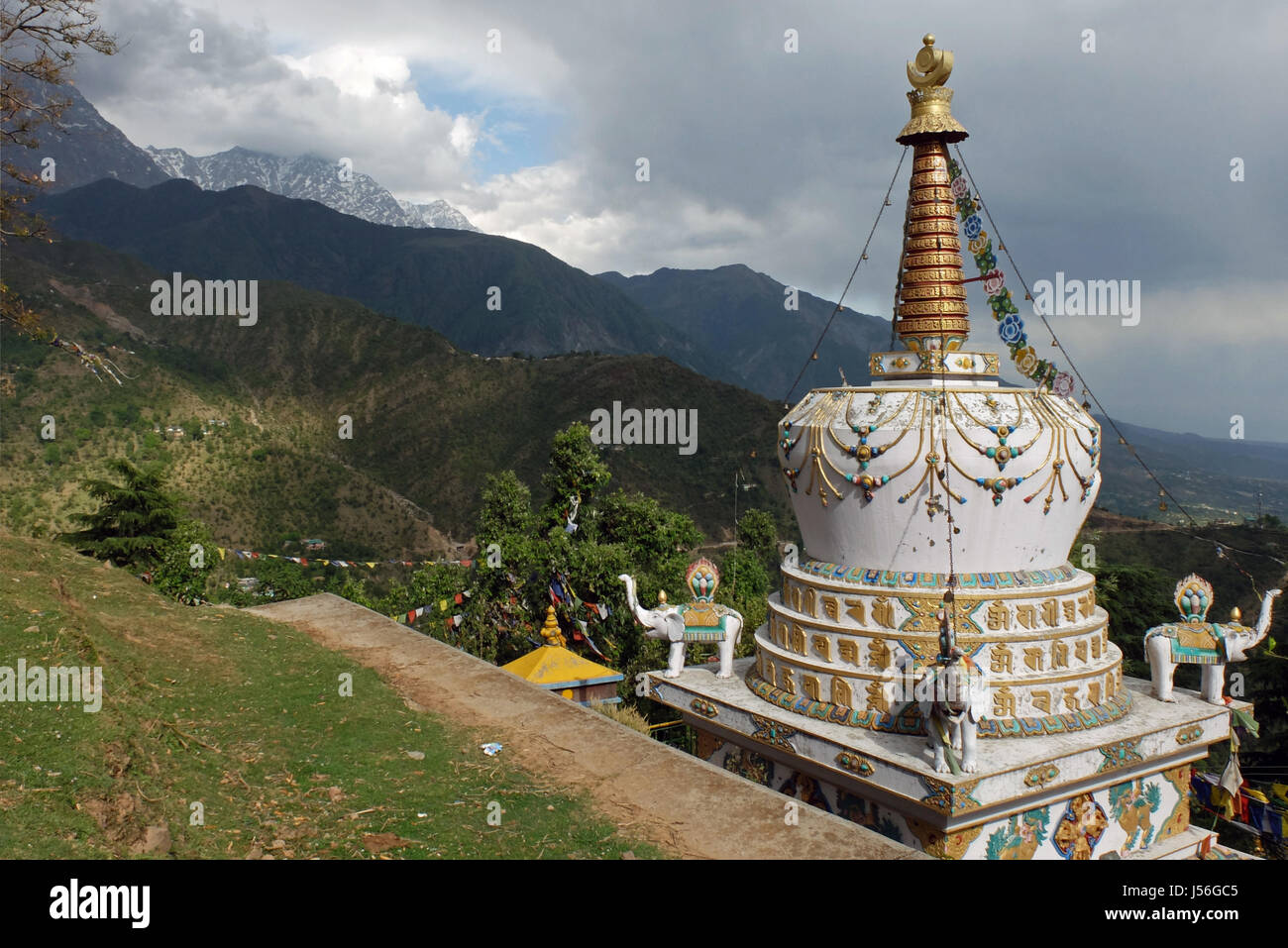 Stupa near the Tsuglagkhang complex at McLeod Ganj, Himachal Pradesh. - Stock Image