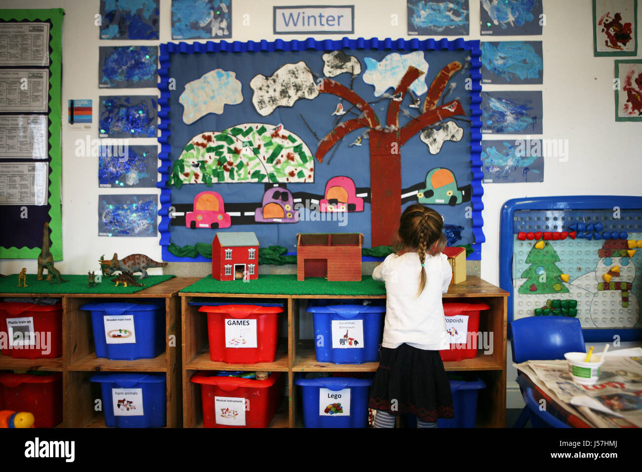 Rosehill Children's Nursery, Bolton.  Children at play in Rosehill Nursery, Bolton. - Stock Image