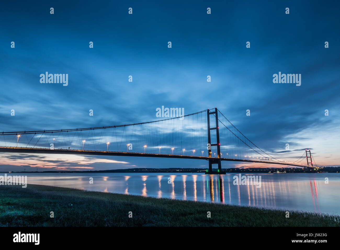 Humber Bridge at dusk - Stock Image