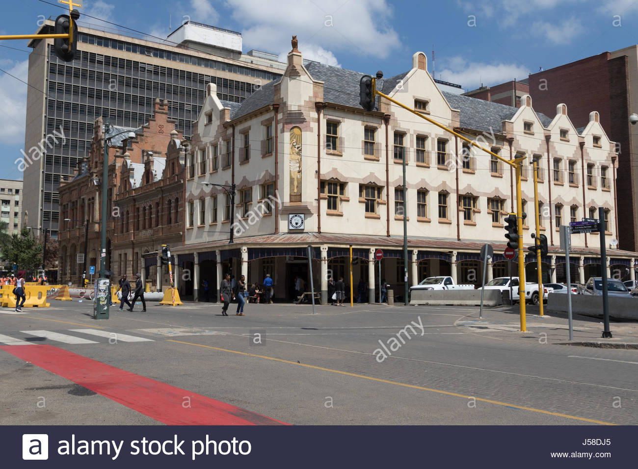 The exterior of the Cafe Riche in Church Square, Pretoria. Built in 1905 it claims to be the oldest bar in Pretoria. - Stock Image