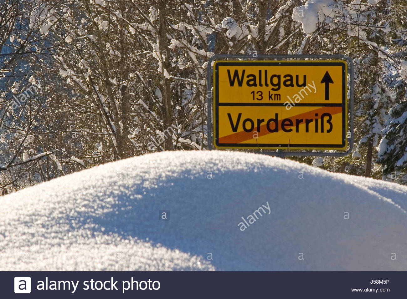 snowed in - Stock Image