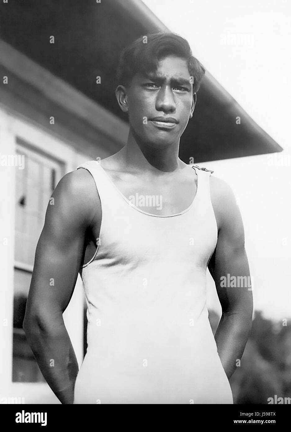 DUKE KAHANAMOKU (1890-1968) Hawaiian Olympic swimmer and surfing pioneer, about 1911 - Stock Image