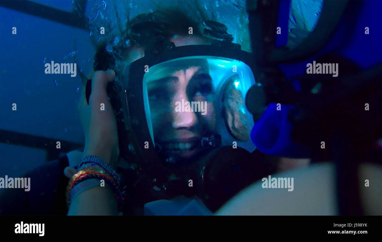 47 METERS DOWN (aka In The Deep) 2016 Entertainment Studios film with Mandy Moore - Stock Image
