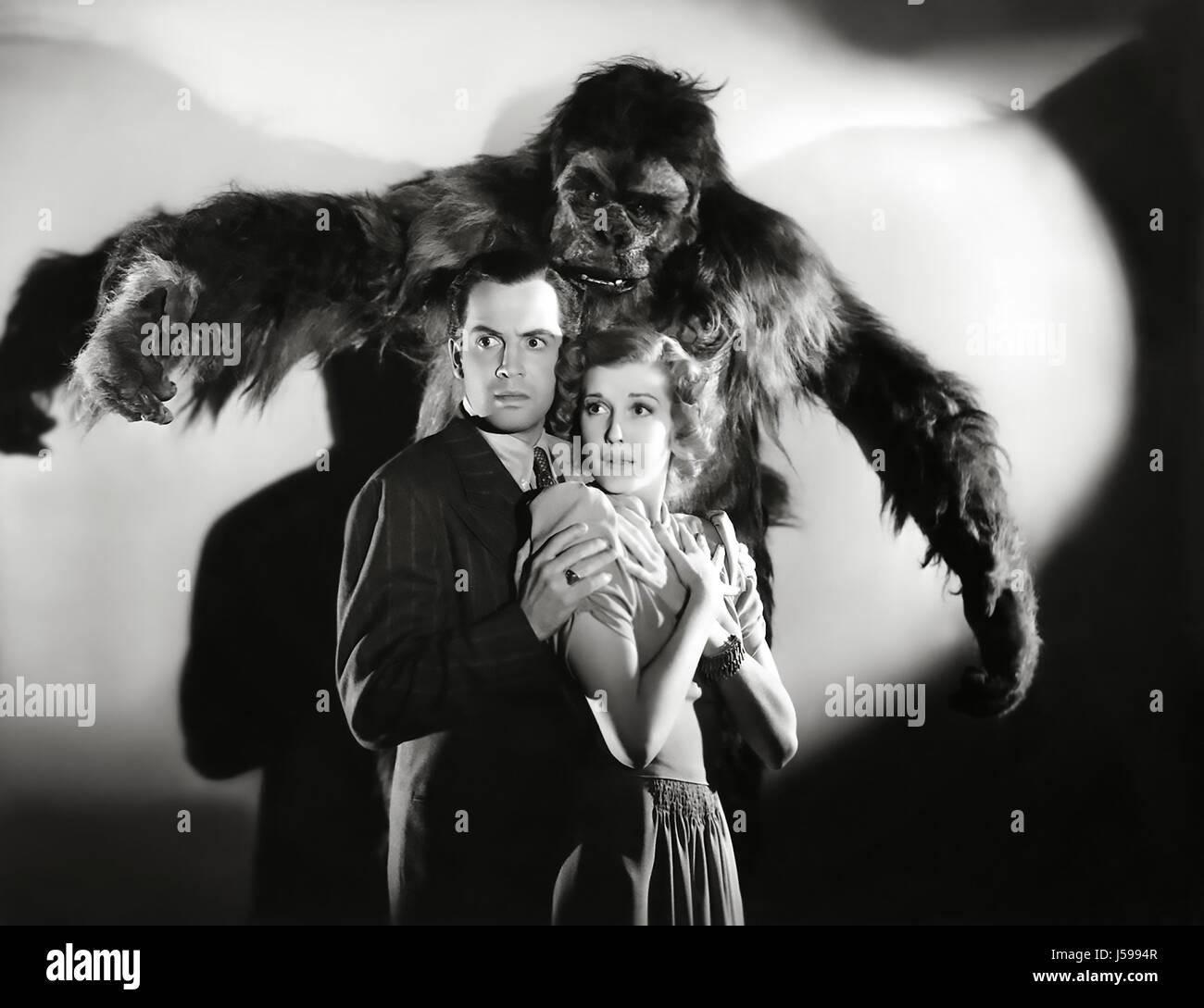THE GORILLA 1939 20th Century Fox film with Anita Louise, Edward Norris and Art Miles as the Gorilla - Stock Image