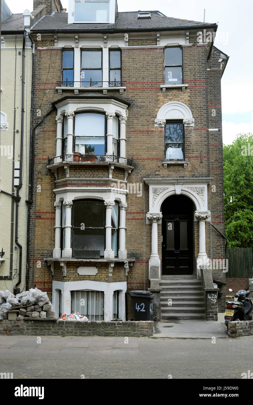 Victorian house front and street near Newington Green in London N5 UK  KATHY DEWITT - Stock Image