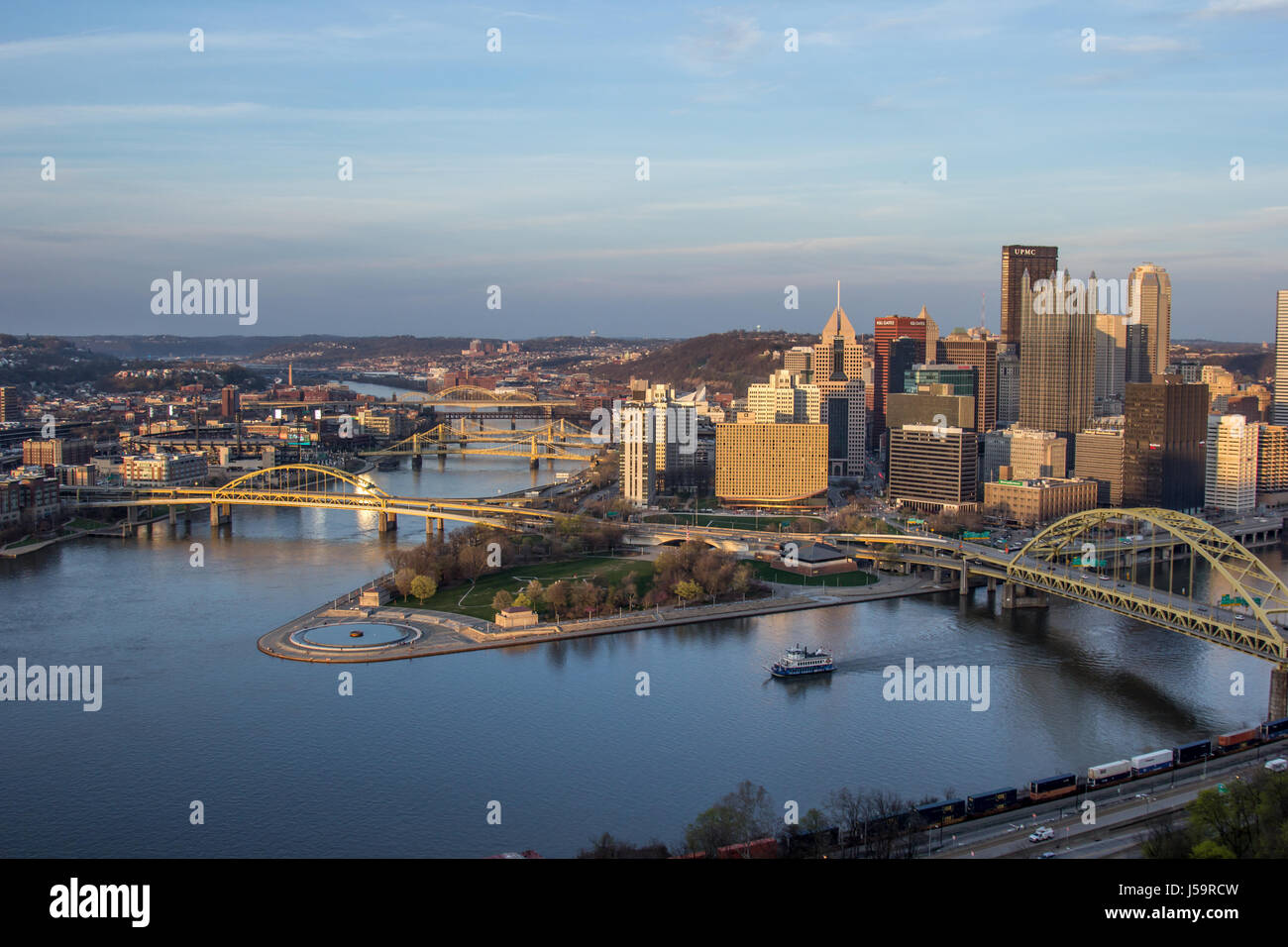 Pittsburgh city skyline from the top of the Duquesne Incline, Mount Washington at sunset with a view of all the - Stock Image