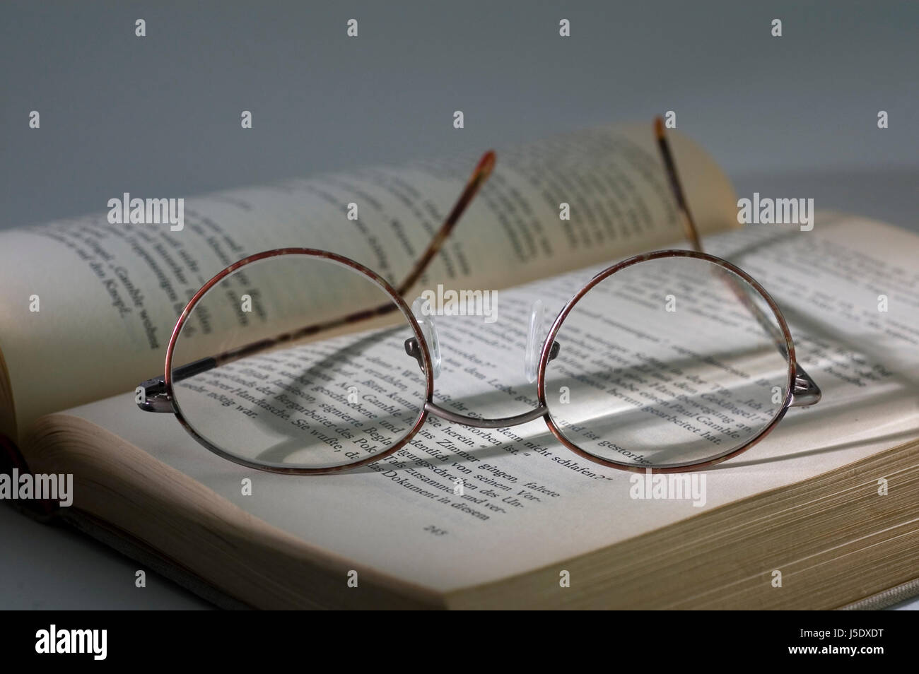 writing font typography print text publication scanning reads book pages sides - Stock Image