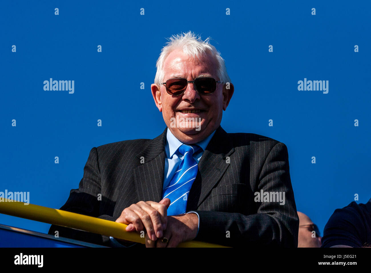 Alan Mullery Former Manager Of Brighton and Hove Albion FC On An Open Top Bus During The Clubs Seafront Promotion - Stock Image