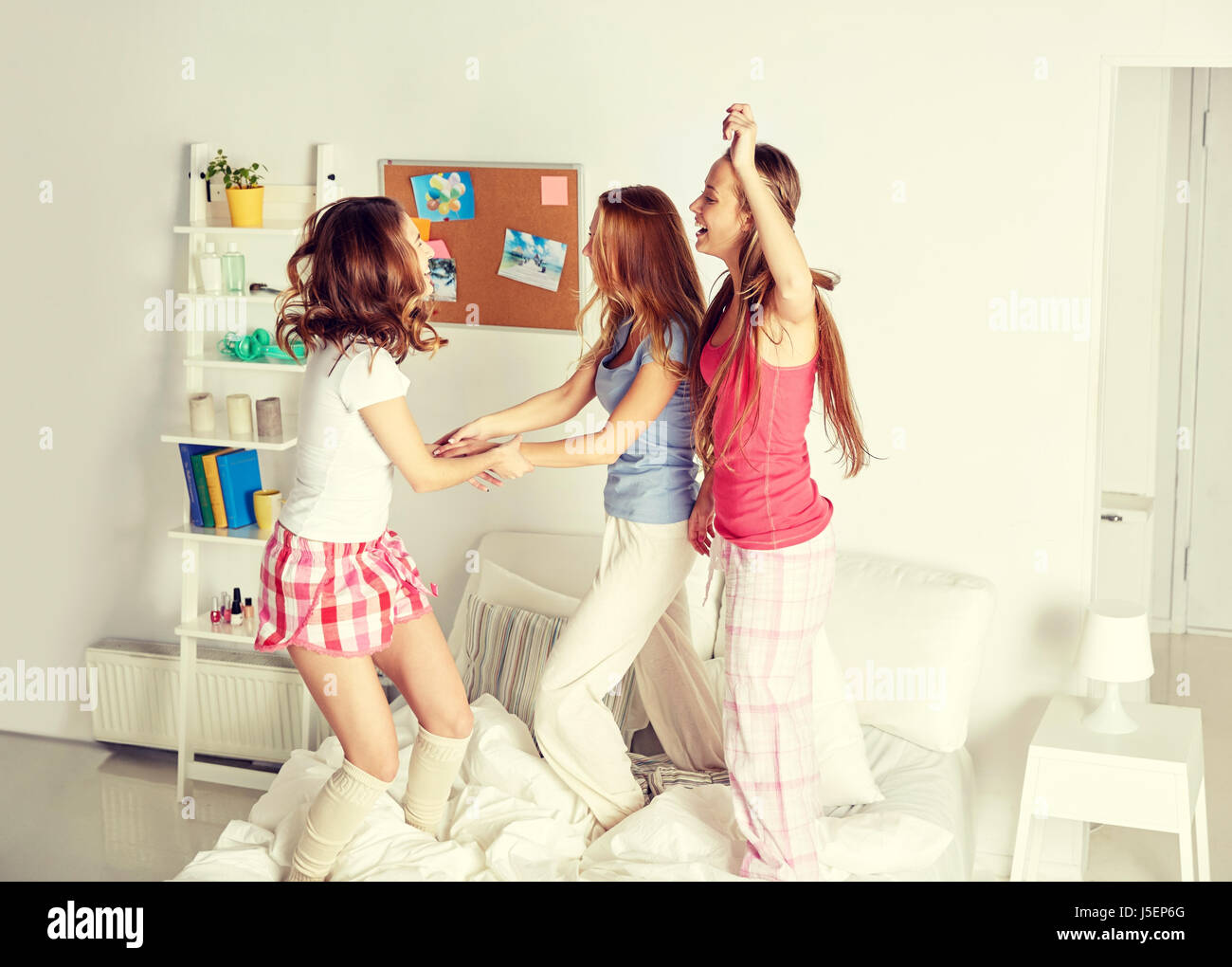 Teen girl pajama party girls lesbians