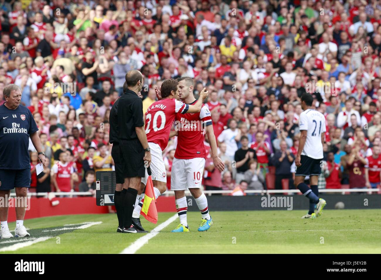JACK WILSHIRE IS REPLACED BY M ARSENAL V TOTTENHAM HOTSPUR ARSENAL THE EMIRATES LONDON ENGLAND 01 September 2013 - Stock Image