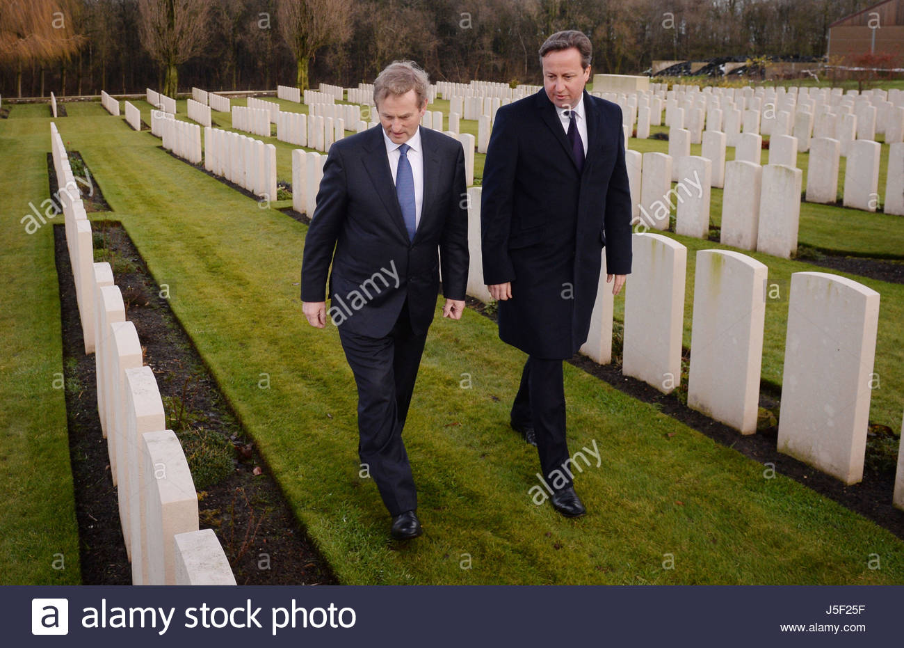 File photo dated 19/12/13 of Prime Minister David Cameron and Irish Prime Minister Taoiseach Enda Kenny at Wytschaete Stock Photo
