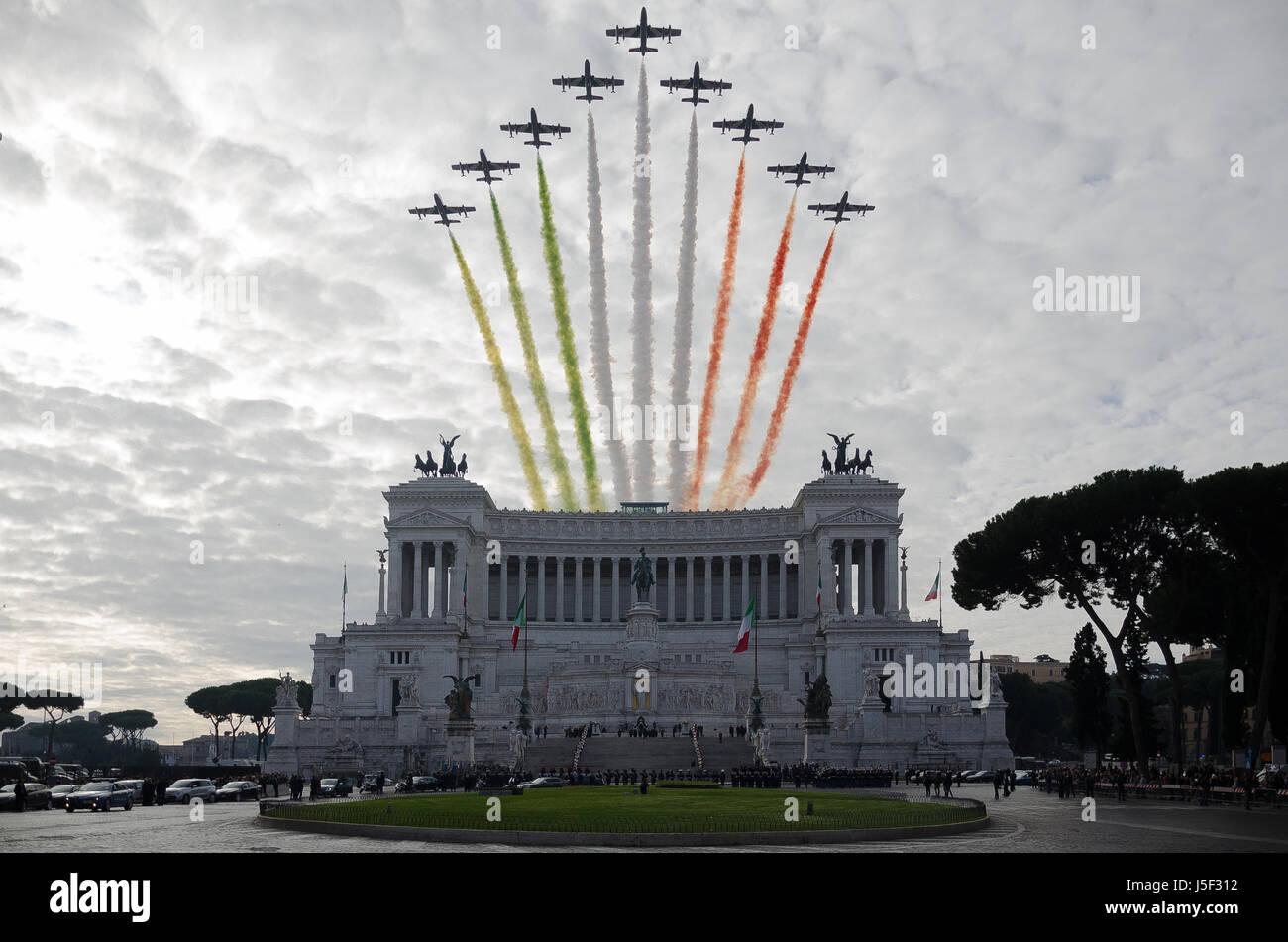 """Italian """"Frecce Tricolori"""" during the celebration of """"Giornata dell'Unità Nazionale e delle Forze Armate"""" in Rome, Stock Photo"""