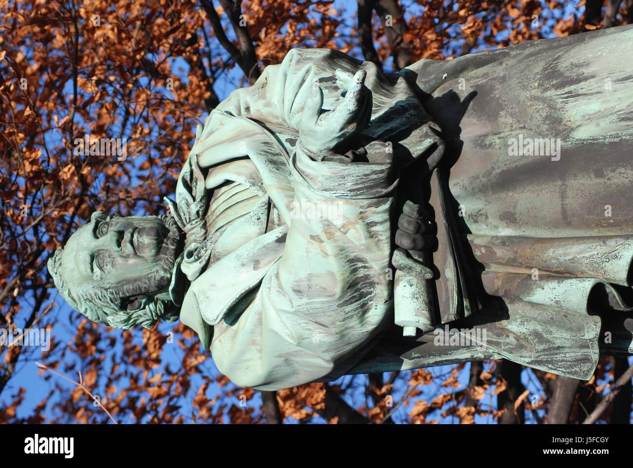 monument statue bust pointer august reformer way man friedrich list - Stock Image