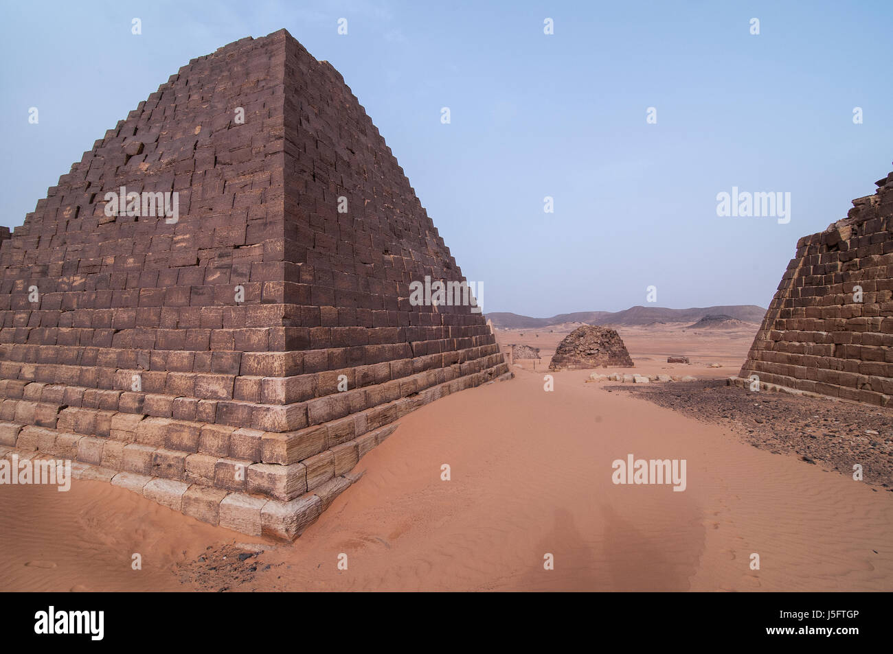 SUDAN, MEROE: Meroë (Meroitic: Medewi or Bedewi) is an ancient city on the east bank of the Nile about 6 km - Stock Image