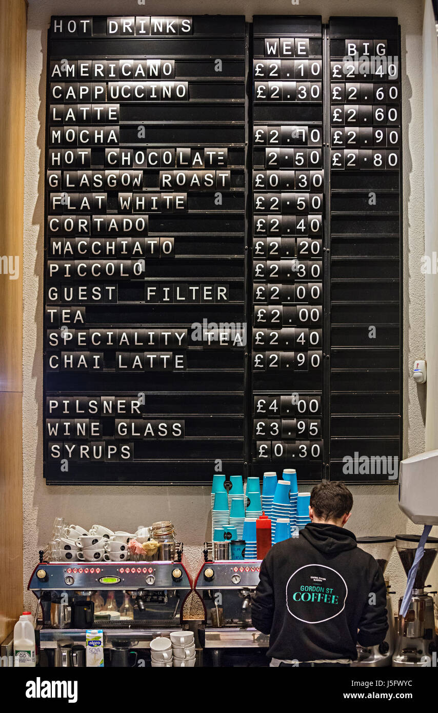 Bar at Glasgow Central Station - Stock Image