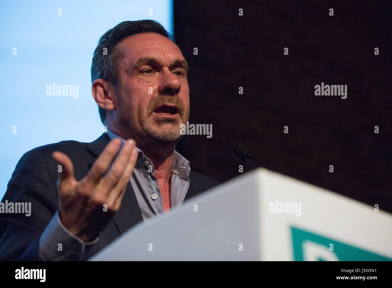 London, UK. 15th May, 2017. Journalist Paul Mason addresses the launch event for the Progressive Alliance. - Stock Image