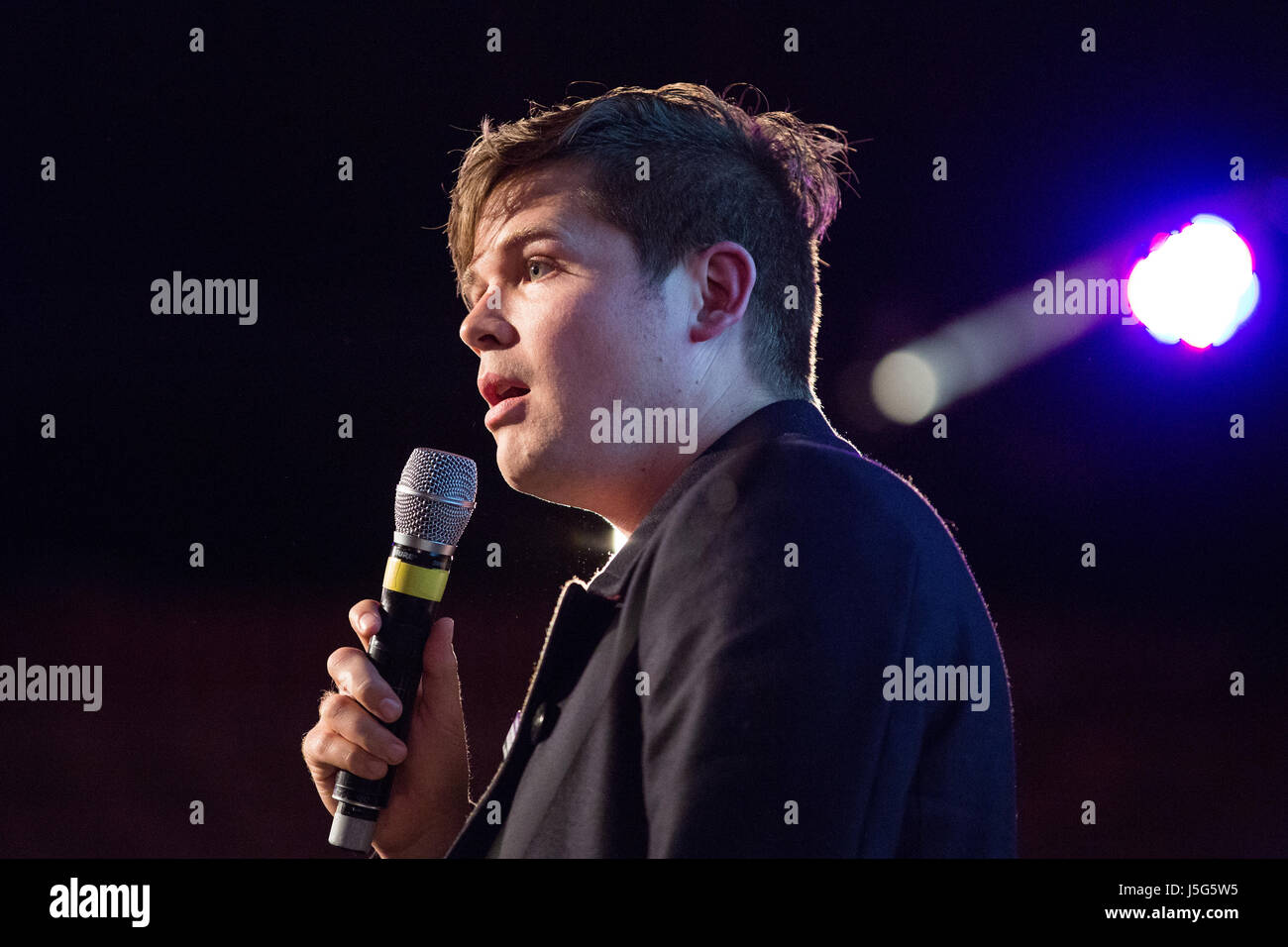 London, UK. 15th May, 2017. Poet Luke Wright performs at the launch event for the Progressive Alliance. - Stock Image