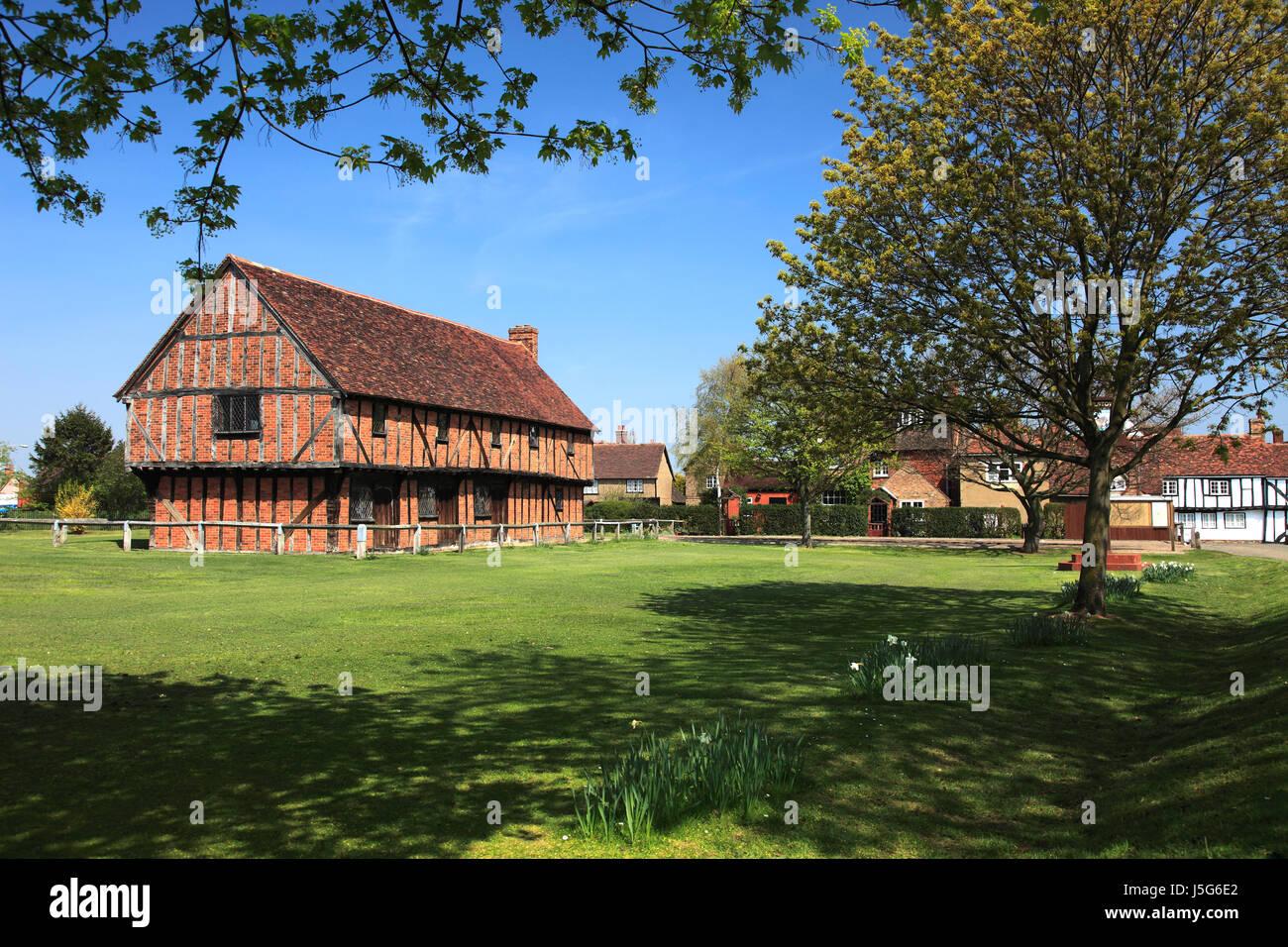 Spring, the Moot Hall; Elstow village; John Bunyans birthplace; Bedfordshire, England, UK Stock Photo
