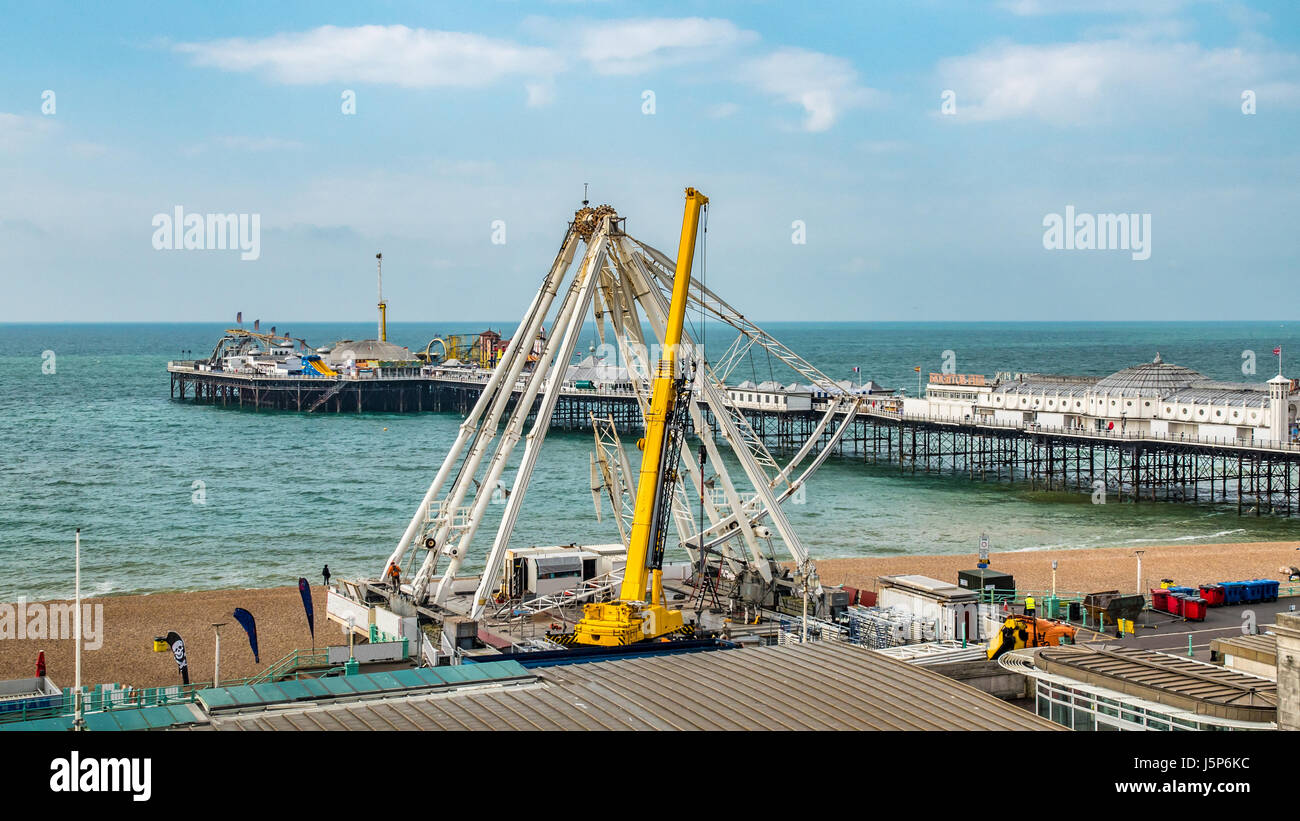 View of the iconic Brighton wheel being dismantled - Stock Image