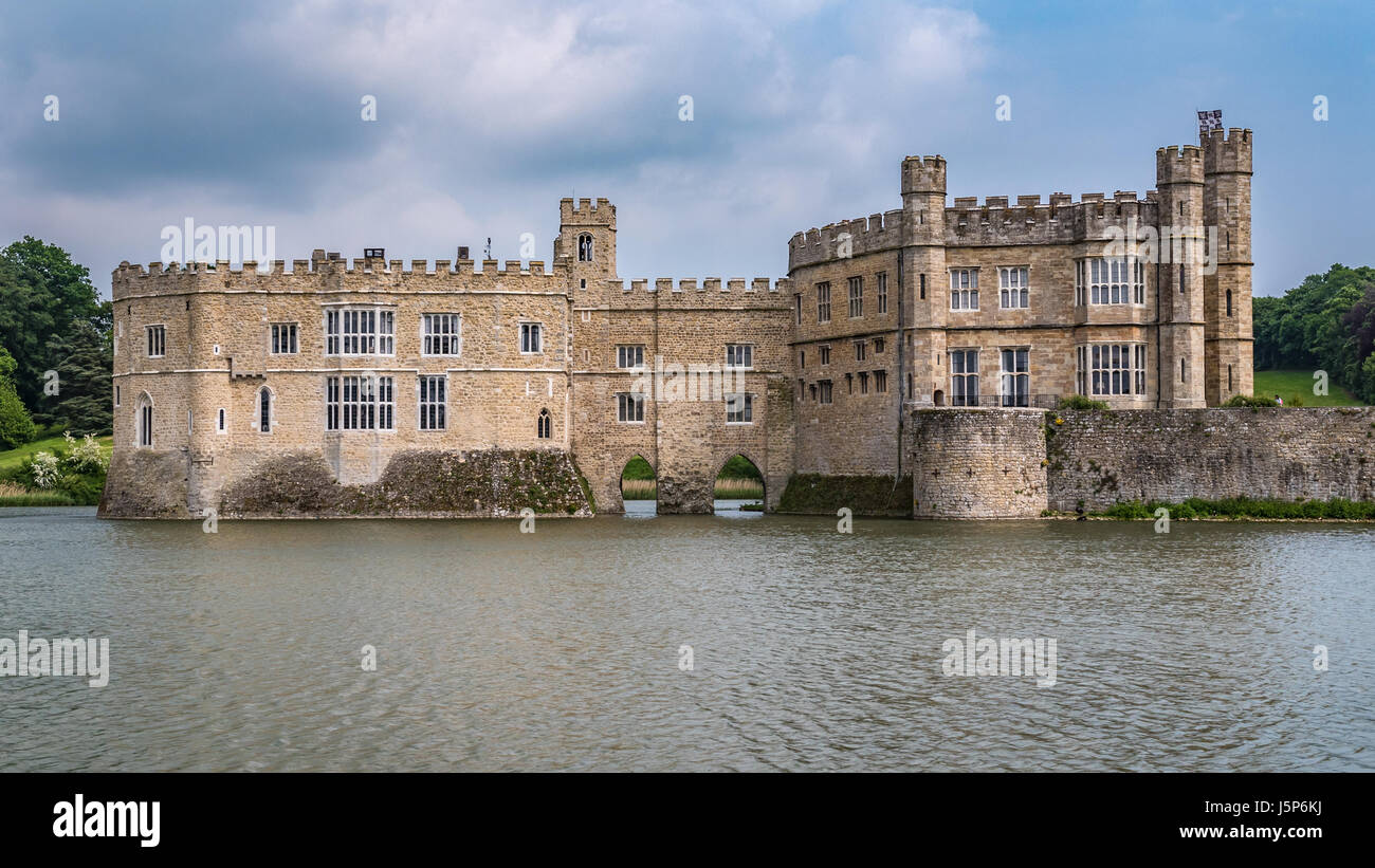 View Of A Moated Medieval Castle In England Stock Photo 141244422