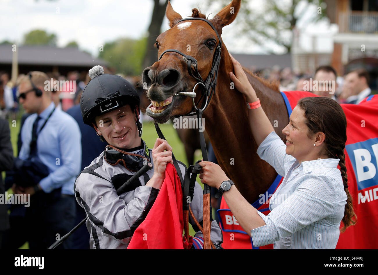 York, UK. 18th May, 2017. Oisin Murphy & Blond Me The Bet Fred Middleton Stakes Dante Festival 2017, York Racecourse - Stock Image