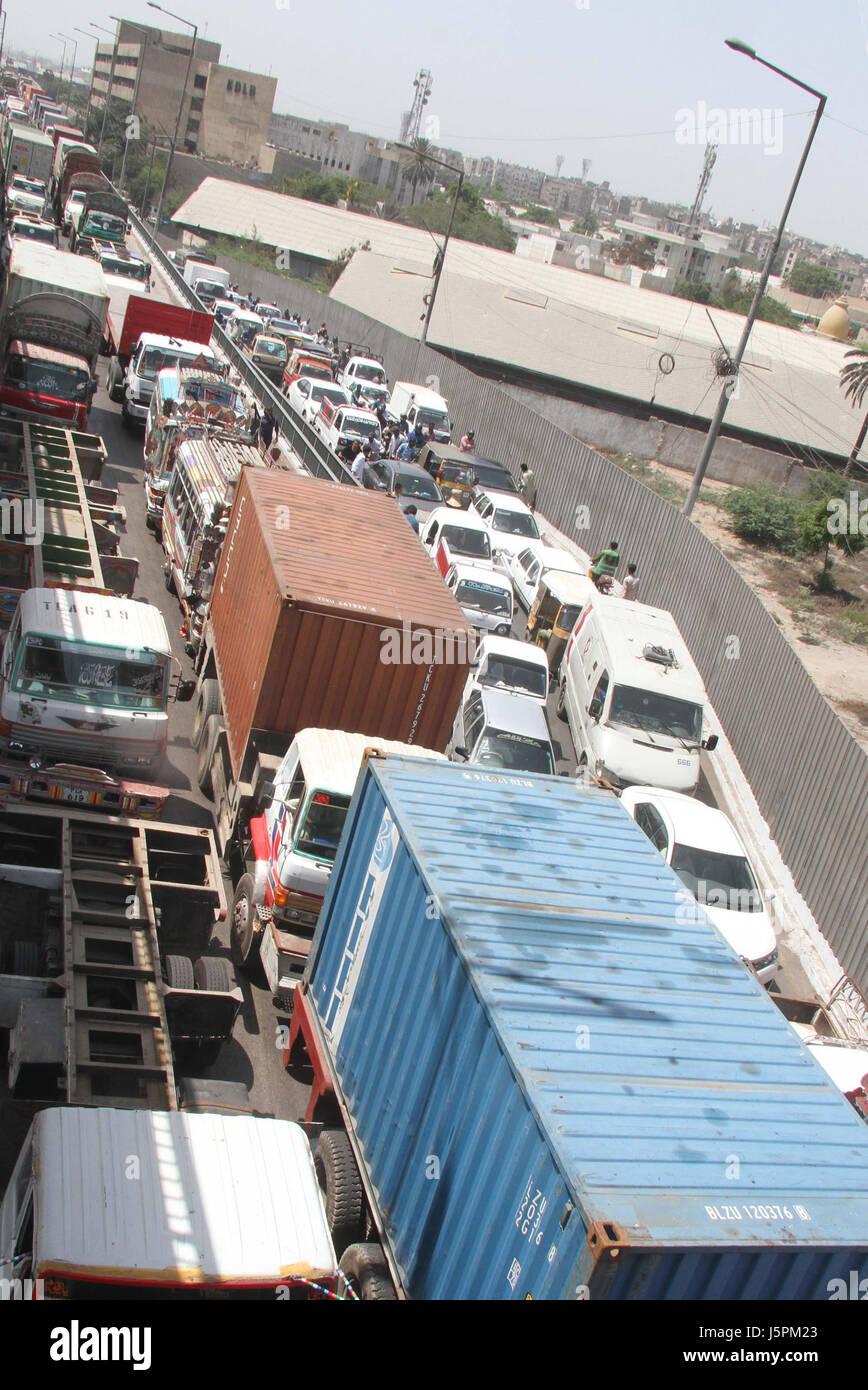 After ending of goods transporters' strike cargo