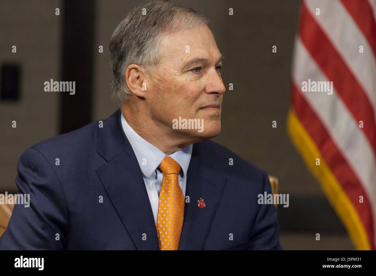 Seattle, Washington: Canadian Prime Minister Justin Trudeau meets with Governor Jay Inslee to discuss issues relevant - Stock Image