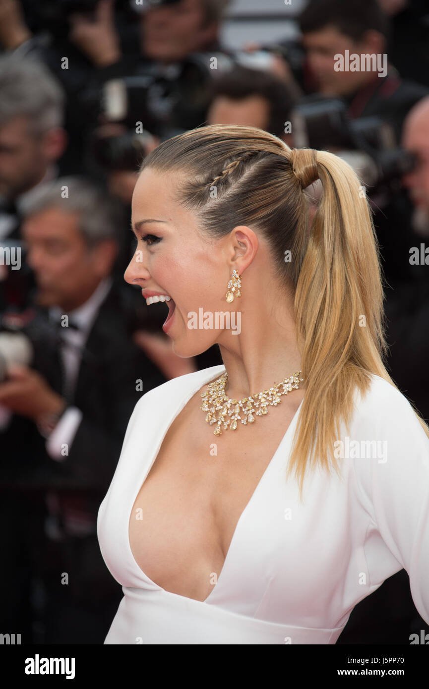 Cannes, France. 18th May, 2017. CANNES, FRANCE. May 18, 2017: Petra Nemcova at the premiere for 'Loveless' - Stock Image