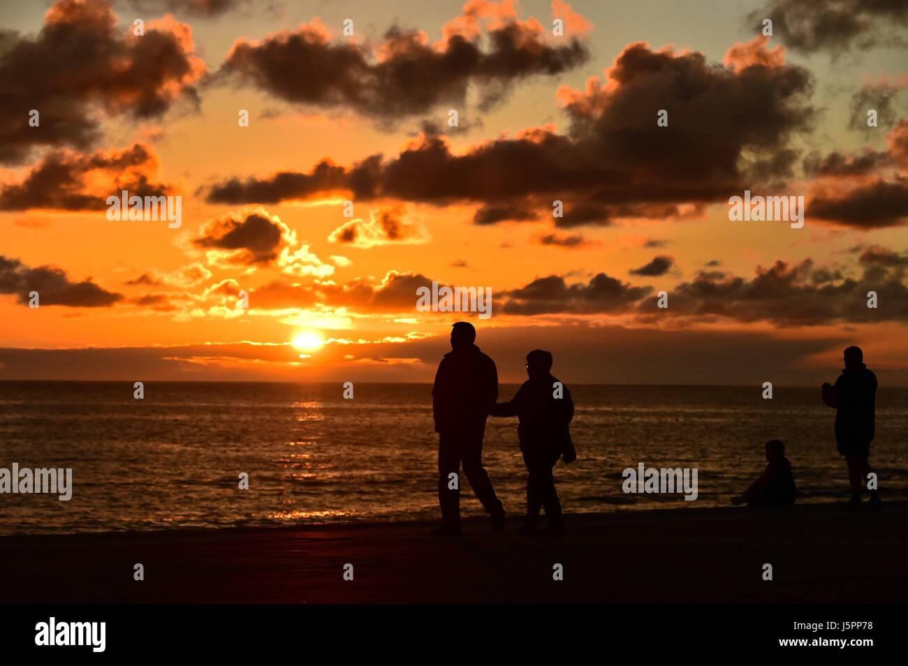 Aberystwyth Wales Uk, Thursday 18 May 2017  UK Weather: Golden sunset over Cardigan Bay in Aberystwyth on the Cardigan - Stock Image