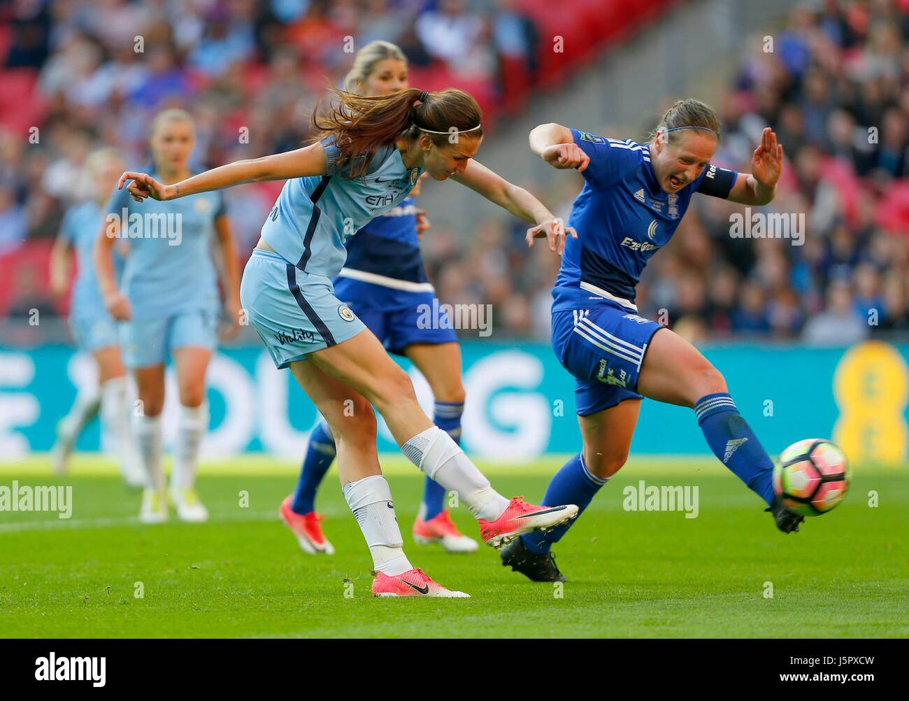 Jill Scott of Manchester City scores city fourth goal during the SSE Women's FA Cup Final match between Birmingham - Stock Image