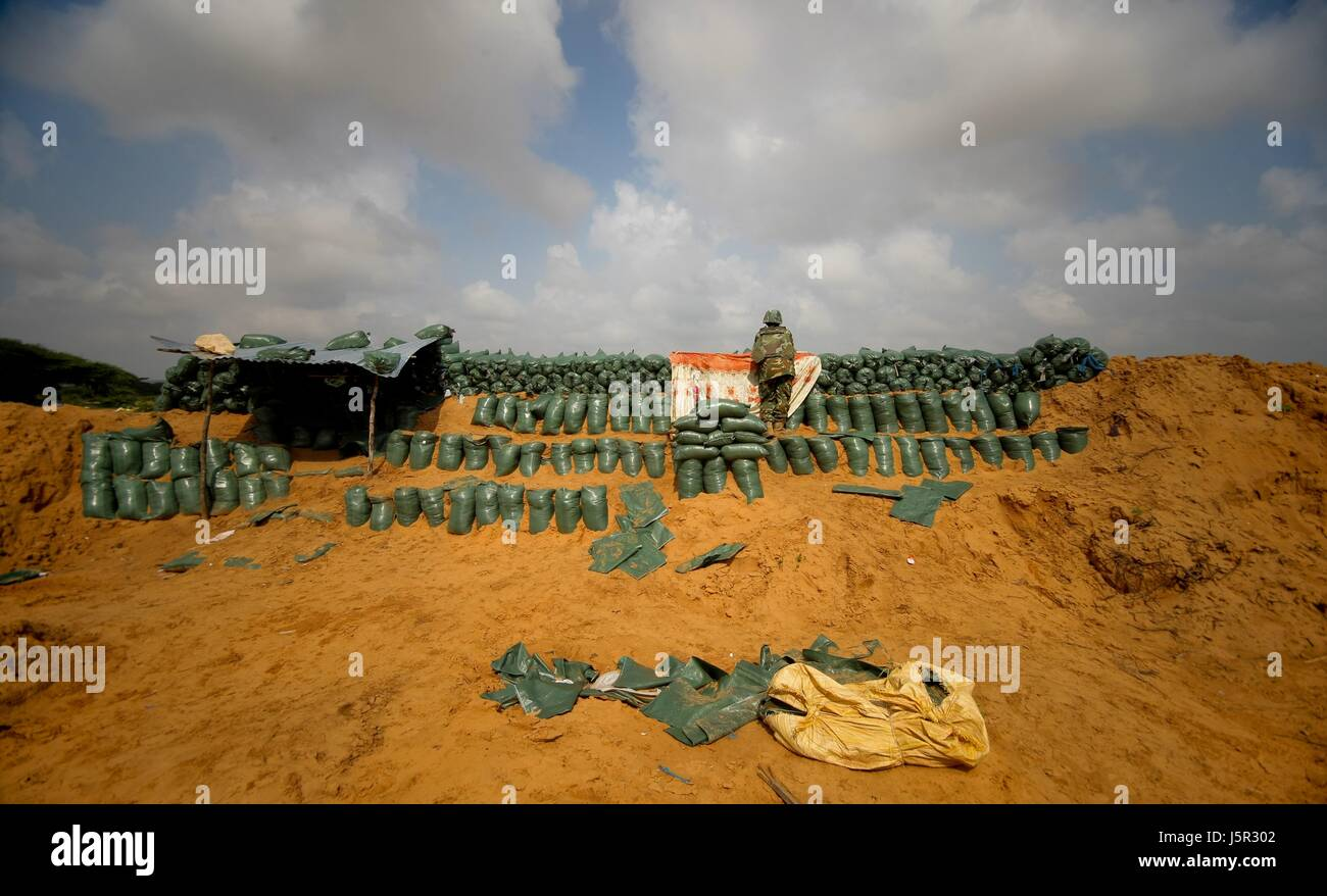 African Union Mission in Somalia (AMISOM) Burundian soldiers man the frontline in a territory recently captured - Stock Image