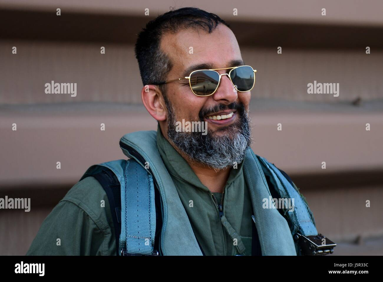 "HBO ""Vice"" documentary television program correspondent Suroosh Alvi prepares to board a USAF F-16 Fighting Falcon - Stock Image"