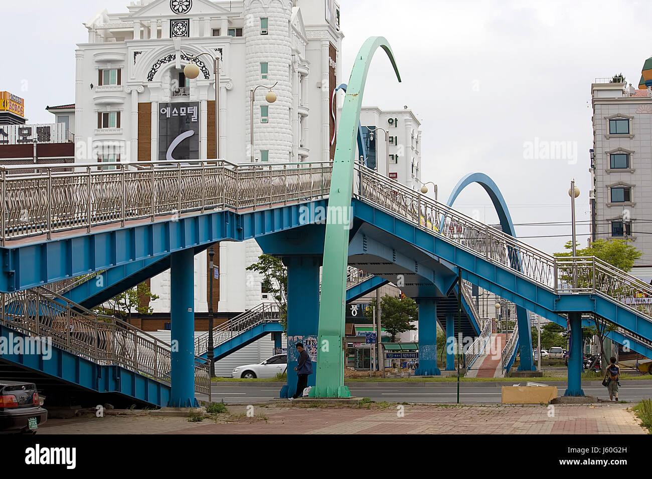 city town asia bridge pedestrian korea crossover city town asia bridge - Stock Image