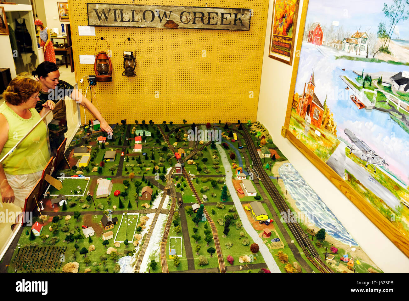 Indiana Portage Countryside Park Alton Goin Historical Museum Willow Creek regional history woman women senior scale - Stock Image