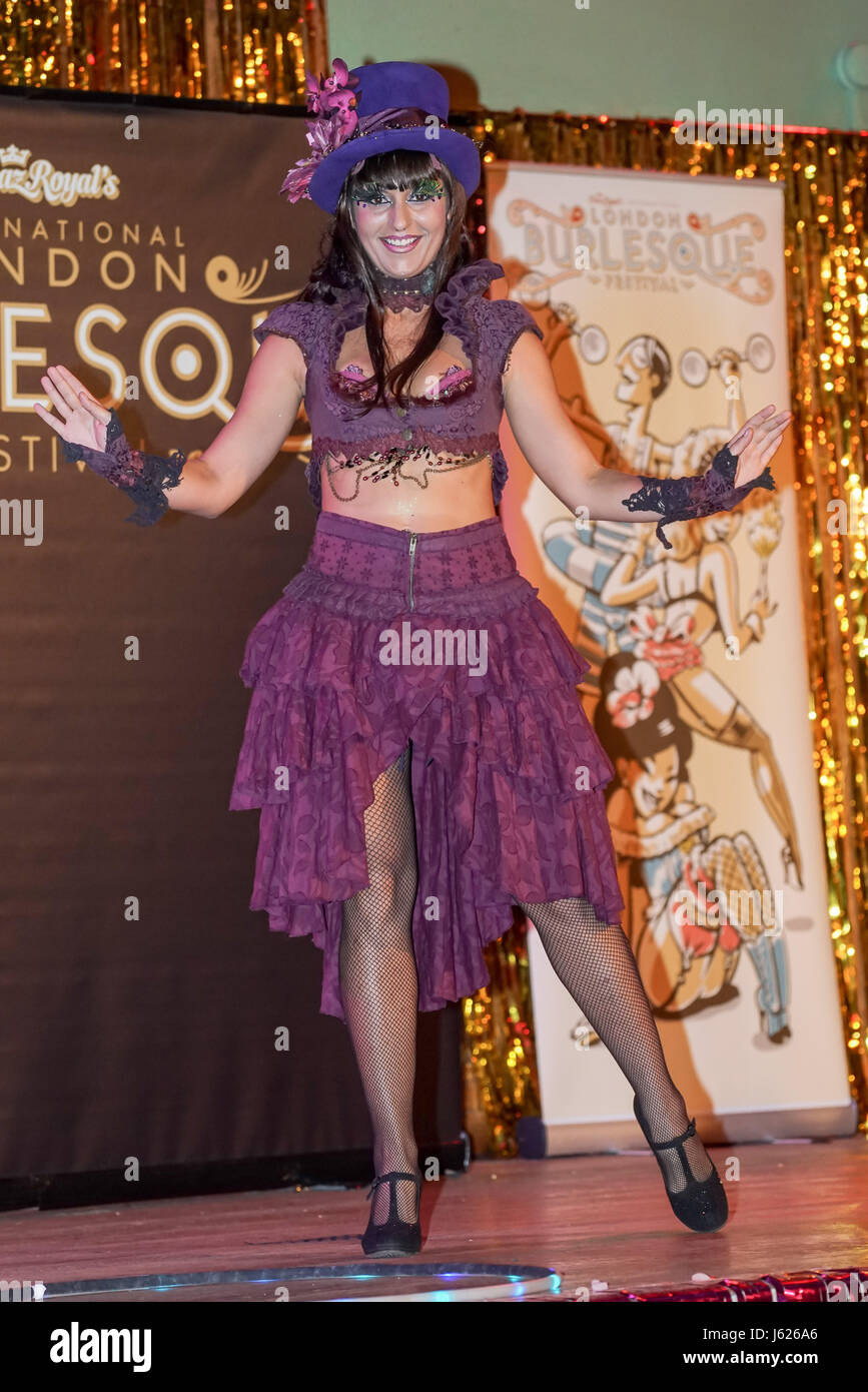 London, UK. 18th May, 2017. Amy HoopLovin, London performs at the London Burlesque Festival the VIP Opening Gala - Stock Image