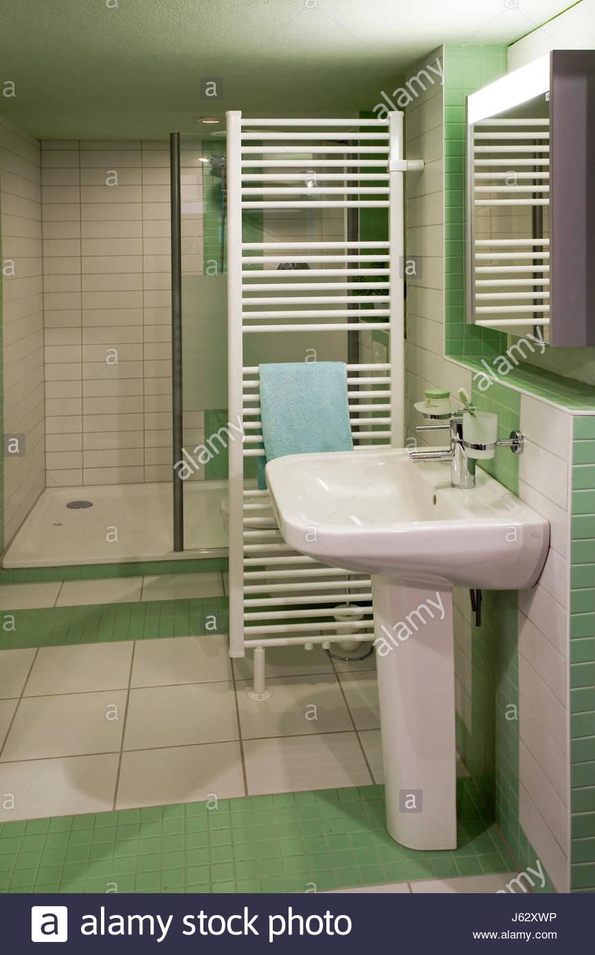 wash basin sanitary bath tub tub bathtub washing stand bathroom ...