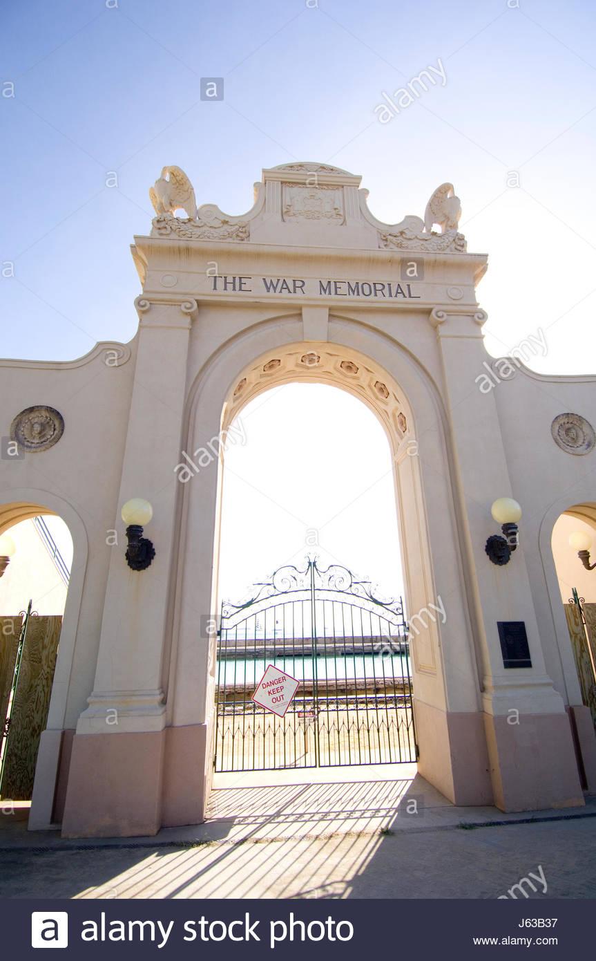 Dedicated In 1927 Waikiki Natatorium War Memorial was built to the honor of the 101 residents of the Hawaiian Territory - Stock Image