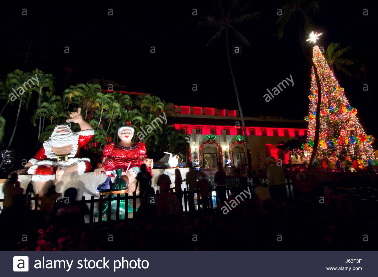 christmas lights and decorations at honolulu hale is a major seasonal attraction put together by the city and county of honolulu oahu hawaii usa 200