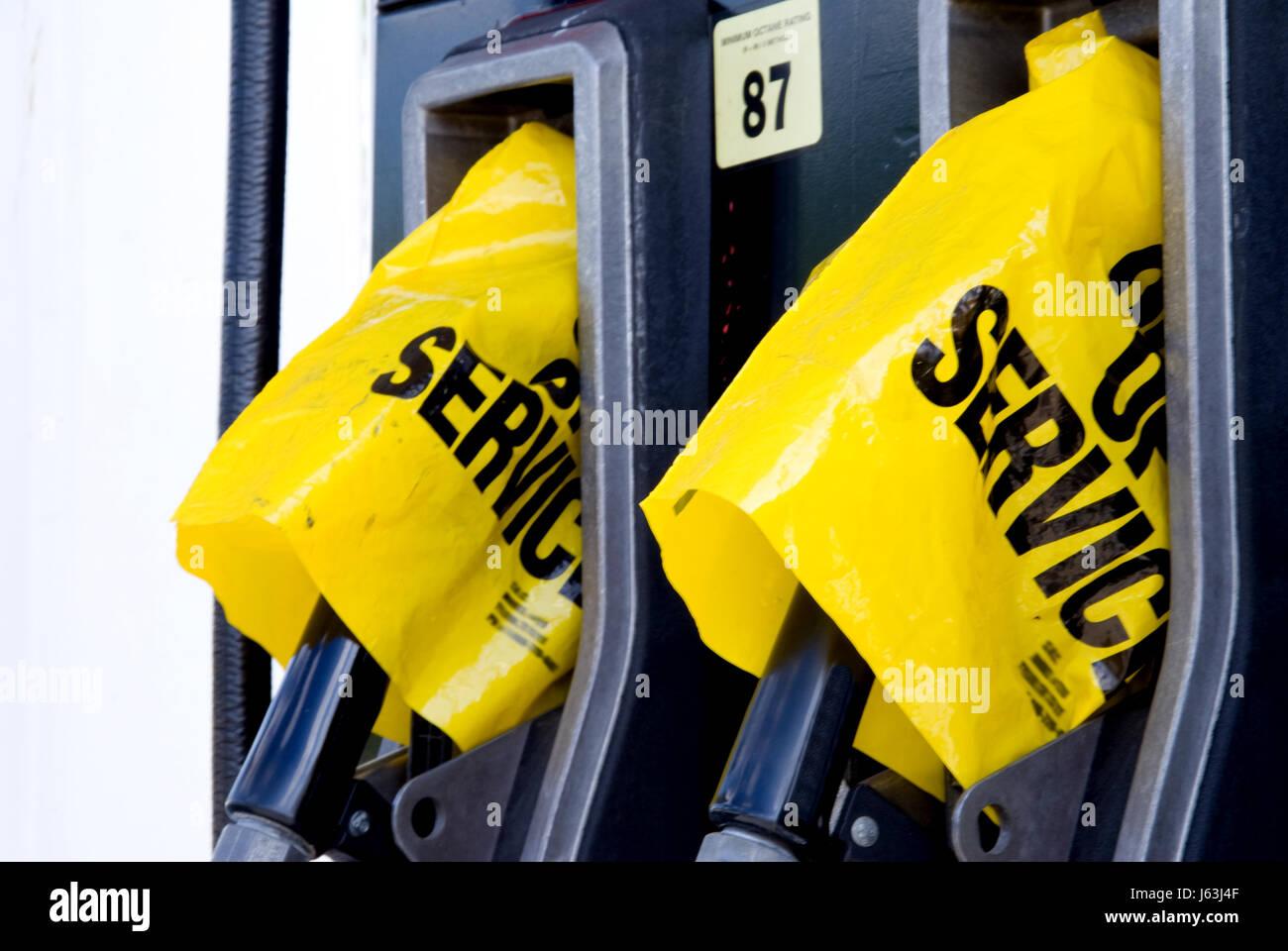 station crisis fuel gas petrol gasoline shortage pump station travel industry - Stock Image