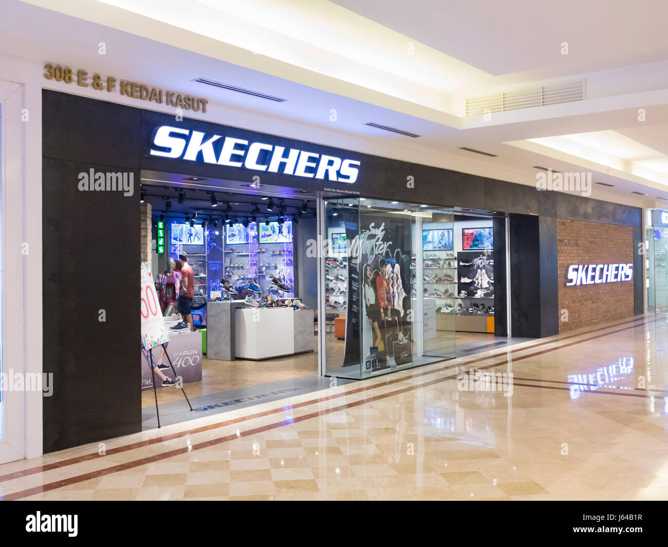 tempo No pretencioso hablar  Skechers High Resolution Stock Photography and Images - Alamy