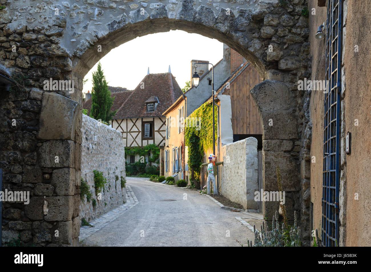 France, Allier, Verneuil en Bourbonnais, houses facing the church square Stock Photo