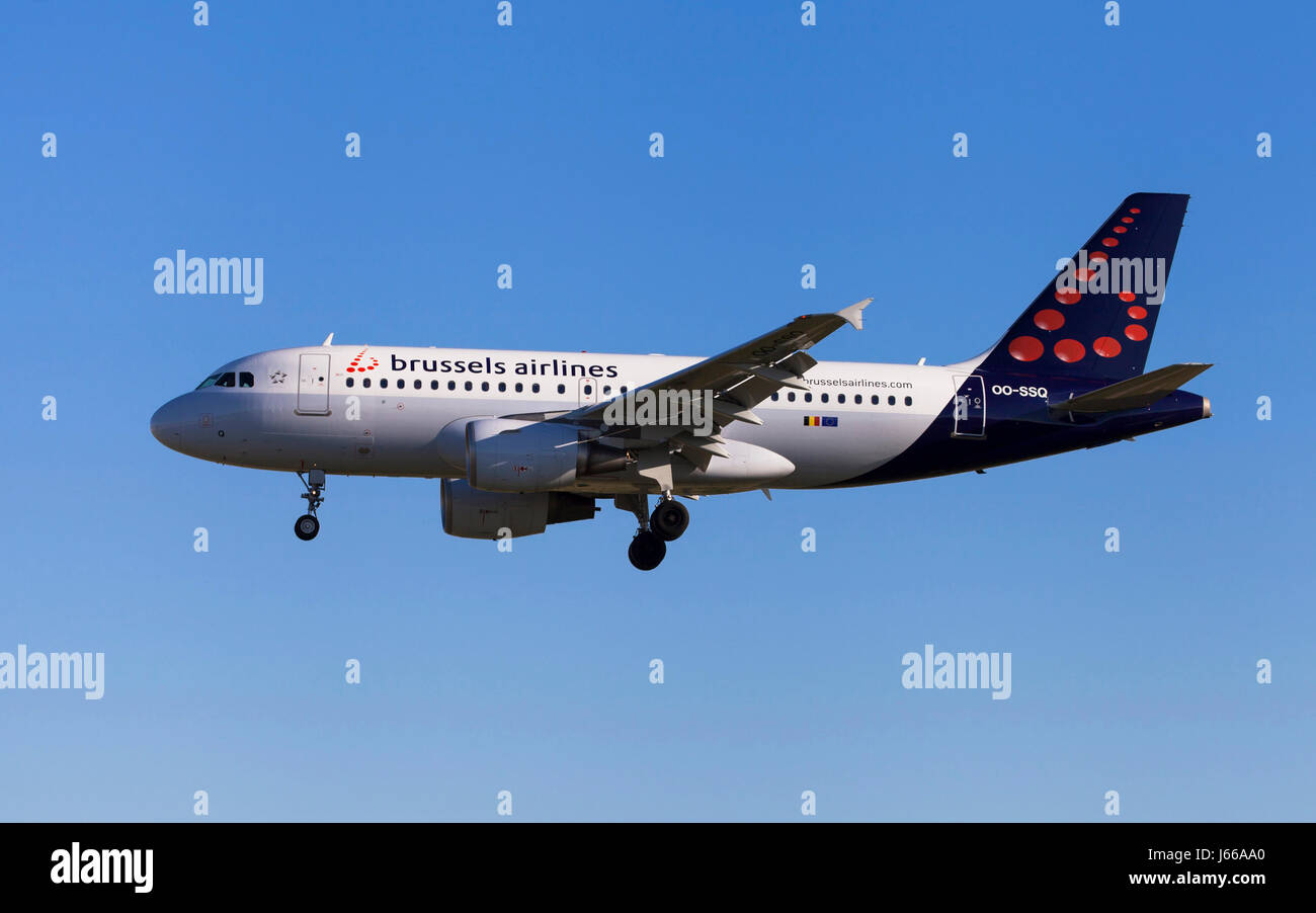 Barcelona, Spain - May 6, 2017: Brussels Airlines Airbus A319 approaching to El Prat Airport in Barcelona, Spain. - Stock Image