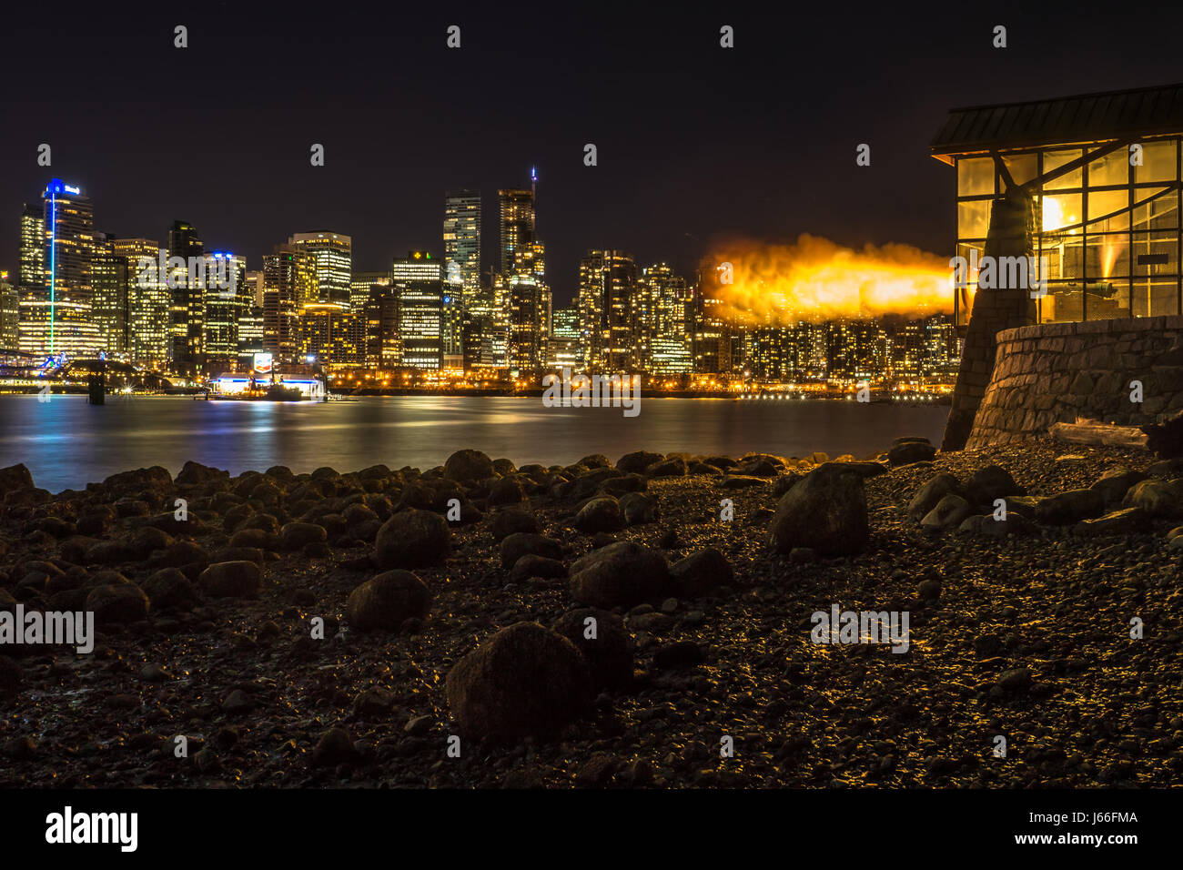 BOOM!! The 9 O'Clock Gun, at Hallelujah Point in Stanley Park - Stock Image