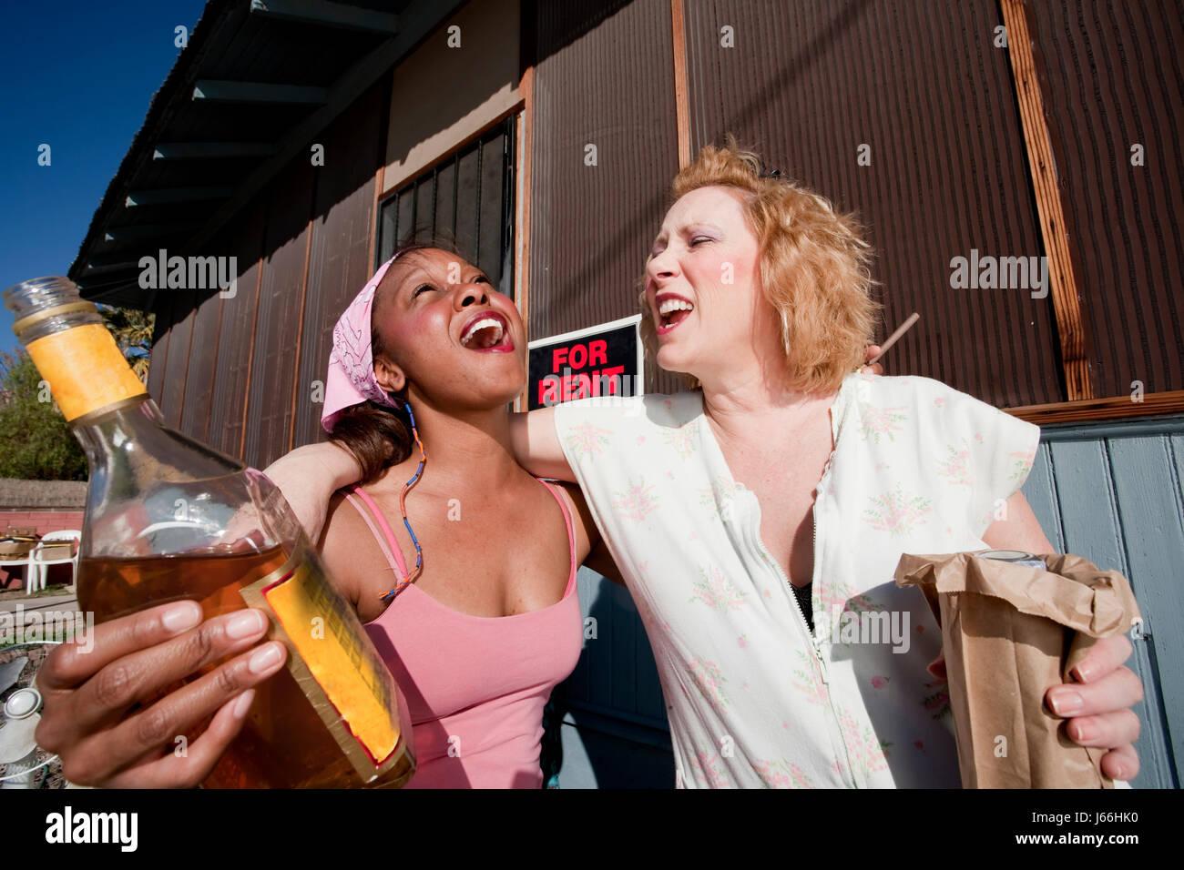 Пьяные поменялись женами, Мужья поменялись женами и делятся впечатлениями 19 фотография