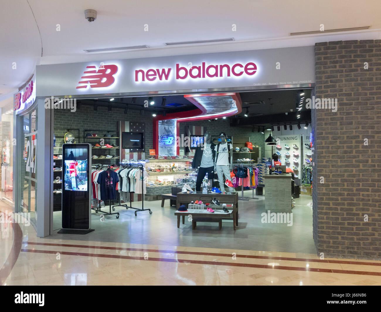 new balance outlet miromar