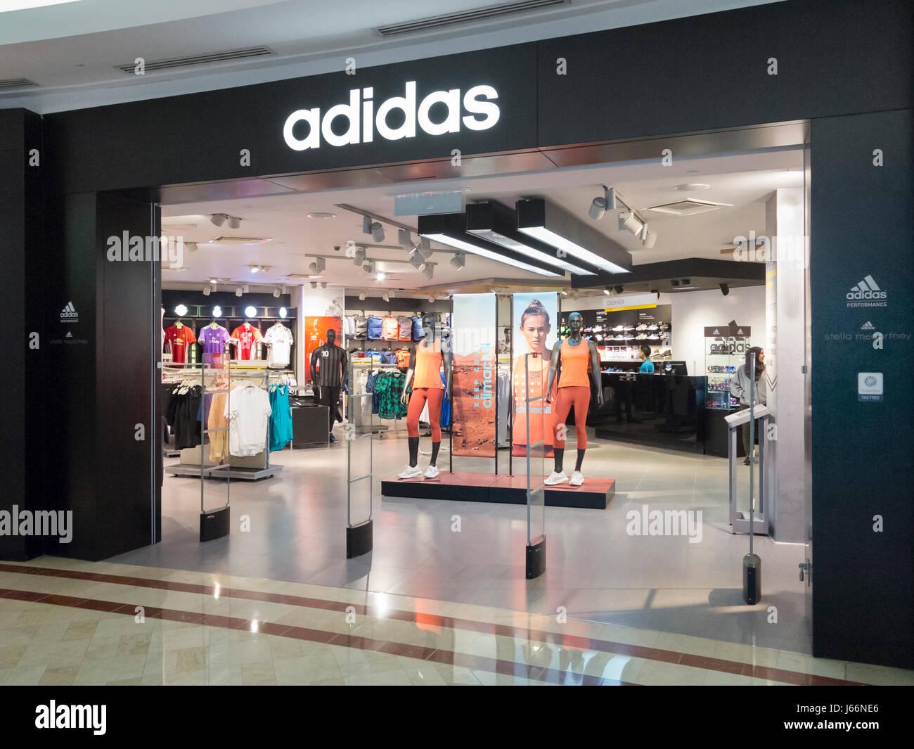 06d34931163 Adidas shop