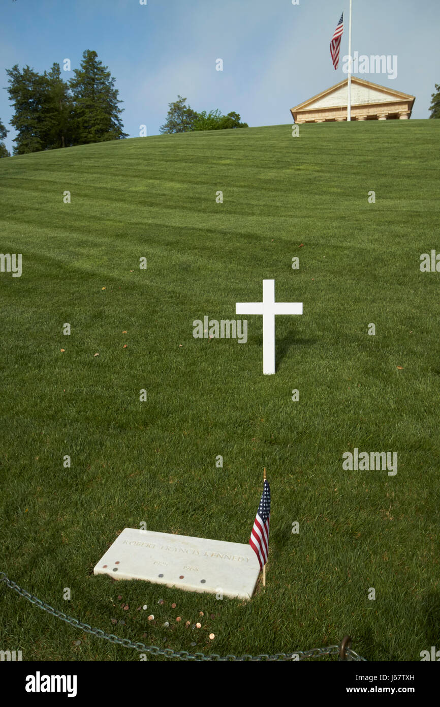 rfk robert francis kennedy grave with coins arlington cemetery Washington DC USA - Stock Image